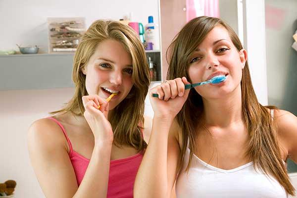 Teenager Zahnpflege